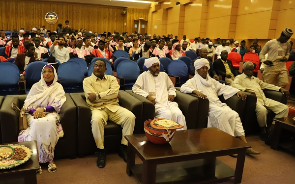 faculty-of-islamic-studies-organizes-its-second-graduation-ceremony-for-students